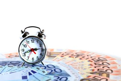 Nicht vergessen: Bearbeitungsgebühren für Kredit bis Silvester zurückverlangen [© cosma - Fotolia.com]