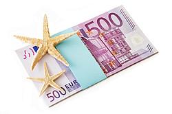 Sparen für den Urlaub [© PhotoSG - Fotolia.com]