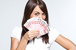 Geld für Anschaffungen mittels einem Kredit für Arbeitslose [© Benicce - Fotolia.com]