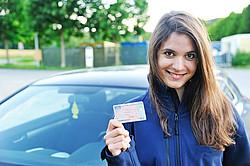 Mit einem Kredit zum bestandenen Führerschein [© sander24 - Fotolia.com]