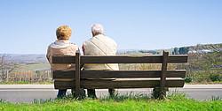 Kredite für Rentner für besondere Anschaffungen [© line-of-sight - Fotolia.com]